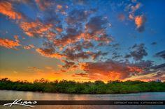 http://captainkimo.com/macarthur-beach-park-sunset-at-lagoon/