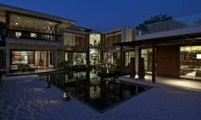 The Indian Wonder Courtyard House in Gujrat, India by Hiren Patel Architects 7
