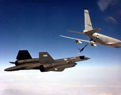 SR-71 #959 BIG TAIL with KC-135R Tanker.