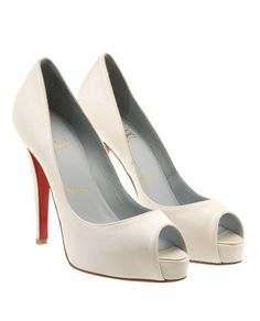 Very Prive Bridal Pumps by Christian Louboutin