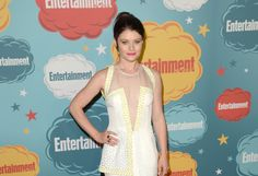 """Emilie de Ravin of 'Lost,' husband Joshua Janowicz divorcing  It's not happily ever after for Emilie de Ravin. The """"Once Upon a Time"""" star and her husband Joshua Janowicz are reportedly getting a divorce -- again.  http://www.latimes.com/entertainment/gossip/la-et-mg-emilie-de-ravin-divorce-joshua-janowicz-split-20140711-story.html"""
