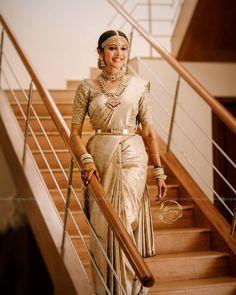 South Indian Wedding Saree, Indian Bridal Sarees, Indian Bridal Outfits, Indian Bridal Fashion, Indian Bridal Wear, Indian Fashion Dresses, Tamil Wedding, Indian Weddings, Wedding Saree Collection