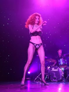 This is a place to share my love of older women. Like most of us it probably started with Mama. Tempest Storm, My Mature, Burlesque, Ballet Dance, Rave, Thats Not My, Punk, Actresses, Legs