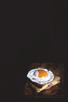 (via na krachym spodzie: Tosty z jajkiem)