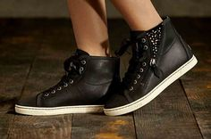 Shop the official UGG® website for women's style guide. Ugg Website, Baskets, Ugg Australia, Style Guides, Uggs, High Top Sneakers, Wedges, Womens Fashion, Stuff To Buy