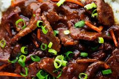 A recipe for Mongolian beef in the slow cooker with .- This Mongolian slow cooker beef meal is super easy to prepare and the sauce is just perfect! Slow Cooker Mongolian Beef Recipe, Easy Mongolian Beef, Mongolian Beef Recipes, Slow Cooker Beef, Slow Cooker Recipes, Crockpot Recipes, Roast Beef Recipes, Meat Recipes, Indian Food Recipes