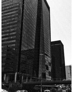 Av. Chile em preto e branco