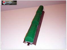 Vagón portabobinas de ejes JTL2. Verde y gris.  Serie especial limitada de vagones realizada por Trenmilitaria a petición del foro Trenes H0.   Algunas unidades han sido montadas, pintadas y en algunos casos envejecidas por Ju5.   Más imágenes del proceso de montaje del vagón del foro, en librea verde y gris en: http://ju5ffcc.blogspot.com.es/2013/08/vagon-portabobinas-de-ejes-jtl2-verde-y.html.