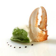 Ravioli de homard breton, foie gras et crème de cèpes