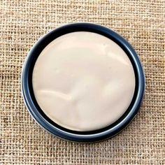 Annie Sloan Chalk Paint Old White | Royal Design Studio