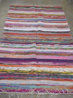 Hand Loomed Rag Rug Yoga Mat Vintage Throw Handmade Sari Handwoven Chindi Durrie #INDIAN #ArtsCraftsMissionStyle