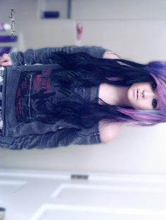 Oh my god i have this hair style i just need to dye it this colour cause her hair is just amazing! I want her hair! Cute Scene Hair, Scene Girl Hair, Emo Scene Hair, Emo Hair, My Hairstyle, Fancy Hairstyles, Girl Hairstyles, Scene Hairstyles, Love Hair