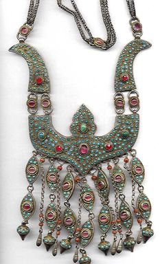 Inlaid necklace turquoise and glass with bird style heads. Uzbekistan( archives sold Singkiang)