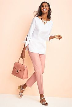 I love how twee the matching blush pants and purse are- this strikes me as a very LInda sort of thing. Over 50 Womens Fashion, Fashion Over 50, Work Fashion, Curvy Fashion, Fashion Outfits, Fashion Top, Look Office, Business Casual Outfits, Casual Chic