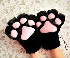 Cat Paws Cute Soft Fuzzy White /& Pink Faux Fur Costume Animal Gloves Bunny