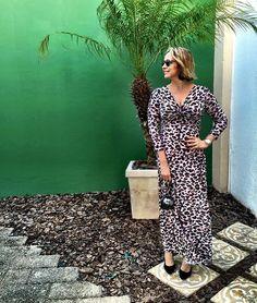 Os vestidos da @vanguardastore me acompanham sempre. Longo com modelagem maravilhosa! WhatsApp da loja 85997046023 - #vanguardastore #tshirtvanguardastore #estiloandreafialho #andreafialho
