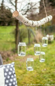 DIY branch chandelier www.schwestern-al .- DIY Ast Kronleuchter www.schwestern-al… DIY branch chandelier www.schwestern-al … - Backyard Lighting, Outdoor Lighting, Outdoor Decor, Lighting Ideas, Wedding Lighting, Outdoor Candles, Event Lighting, Branch Chandelier, Deco Champetre
