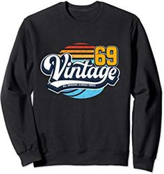 Birthday gift vintage 50 years old 1969 retro design Sweatshirt Unique Birthday Gifts, Urban Street Style, Athletic Wear, Retro Design, 50th Birthday, Hoodies, Sweatshirts, Fashion Advice, Everyday Fashion