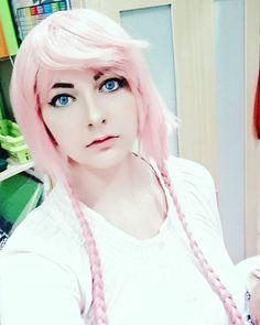 #rosahaare #rosa #pinkhair #pink #hairstyle #hair #anime #manga #cosplay #cosplayer #otaku #makeup #makeupjunkie Cosplay, Otaku, Game Of Thrones Characters, Make Up, Hairstyle, Manga, Disney Princess, Disney Characters, Instagram Posts