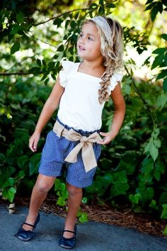 From littleskyechild.com I want my future kid, if i have a girl, to dress like this! so cute!