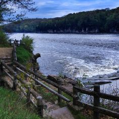 Palisades-Kepler State Park along cedar river. It is located a few miles outside the scenic and charming town of Mount Vernon, where you can easily drive for a great meal or to peruse the charming local shops.