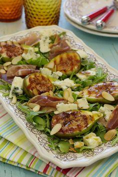 Chef Salad Recipes, Cookbook Recipes, Special Recipes, Great Recipes, Healthy Recipes, Food Park, Tumblr Food, Portuguese Recipes, Daily Meals