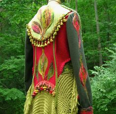 Selvage Blog: Wearable Fiber Art from Amber Studios