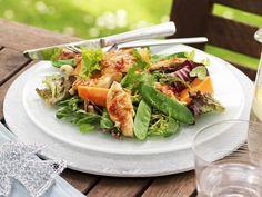 Hähnchen-Papaya-Salat mit Cashewnüssen - ein Frühlingssalat für Low Carb Fans! | Zeit: 20 Min. | http://eatsmarter.de/rezepte/haehnchen-papaya-salat-mit-cashewnuessen