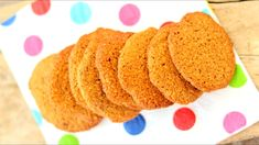 Delicious cinnamon and oat breakfast cookies that are Slimming World friendly! Slimming World Biscuits, Slimming World Cookies, Slimming World Speed Food, Baked Oats Slimming World, Slimming World Desserts, Slimming World Breakfast, Banana Oat Cookies, Healthy Banana Muffins, Cinnamon Cookies