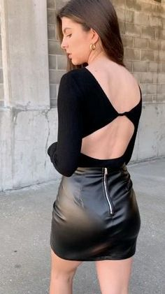 Fall Fashion Outfits, Hot Outfits, Skirt Outfits, Look Fashion, Girl Fashion, Womens Fashion, Black Leather Skirts, Leather Dresses, Tight Dresses