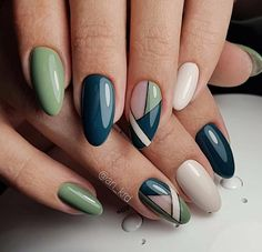 50 Beautiful Stylish and Trendy Nail Art Designs for Christmas - Latest gel nails - Beauty Trendy Nail Art, Stylish Nails, Nail Art Diy, Easy Nails, Simple Nails, Great Nails, Cute Nails, Acrylic Nail Designs, Acrylic Nails