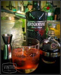 Brockmans Bramble 50ml Brockmans Gin 25ml Fresh Lemon Juice 25ml Chambord Serve over crushed ice and garnish with fresh blackberries #gin #horseboxbar #wedding #mobilebar #events #sheffield