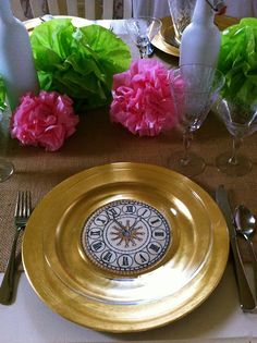 DIY Clock Plates or Chargers...if you make the charger, use clear glass plates on top for design to show through...so elegant.