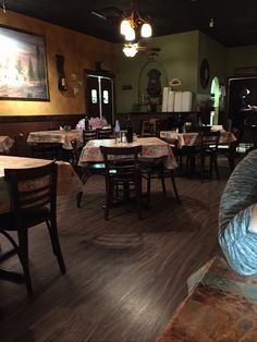 Stefano's Italian Restaurant is a great place to eat at. The food was tasty and plentiful, the atmosphere relaxing, and the service very friendly and accommodating. #GoNative #spon - by Kelly of Kelly's Thoughts on Things who stayed at Hotel Florence