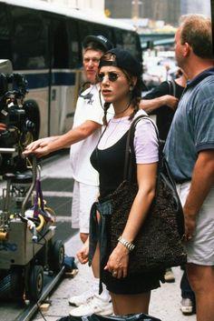 Jennifer Aniston is a lot of peoples fashion icon but Jennifer Aniston's fas. - Jennifer Aniston is a lot of peoples fashion icon but Jennifer Aniston's fashion is somethin… Estilo Rachel Green, Rachel Green Outfits, Rachel Green Style, Style Année 90, Looks Style, Grunge Look, Grunge Style, 90s Grunge, Soft Grunge