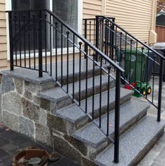 Modern Staircase Railing, Exterior Stair Railing, Outdoor Stair Railing, Metal Stair Railing, Front Porch Railings, Patio Stairs, Front Stairs, Balcony Railing Design, Rustic Stairs