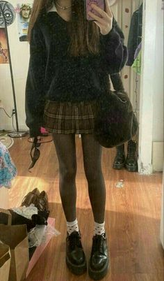 Swaggy Outfits, Edgy Outfits, Cute Casual Outfits, Pretty Outfits, Hippie Outfits, Grunge School Outfits, Cute Lounge Outfits, Teen Girl Outfits, Teen Fashion Outfits