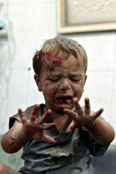 Çocuklar oyunları sever,sevilip okşanmayı sever.Savaşlardan ölümlerden anlamazlar onlar.Büyüklerin kavgalarını bilmez onlar...