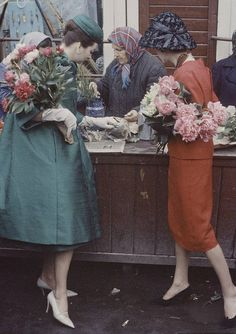 Dior in Moscow 1958 /lnemnyi/lilllyy66/ Find more inspiration here: http://weheartit.com/nemenyilili