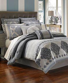 J queen new york bedding melbourne comforter sets for Ensemble patio liquidation