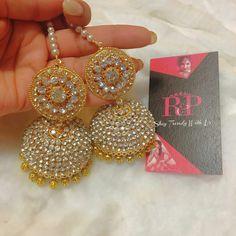 soo prettyyyyyy Royal Jewelry, India Jewelry, I Love Jewelry, Gold Jewelry, Jewlery, Ethnic Jewelry, Pearl Jewelry, Pakistani Jewelry, Indian Wedding Jewelry