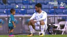 Real Madrid Soccer, Real Madrid Players, Fifa, Isco Alarcon, English Learning Spoken, Sports Celebrities, Sports Wallpapers, Football Players, Learn English