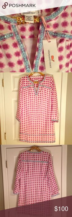 """NWT Vineyard Vines sparkly tunic dress SOLD OUT 🎆 Gorgeous pink, purple, and Aqua VV dress with sparkly embroidered trim.  Purchased from Nordstrom. NWT. 100% silk! Print is called """"tie dye gingham"""" in purple plum. First pic is stock photo from Nordstrom. Vineyard Vines Dresses Long Sleeve"""