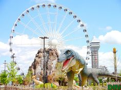 The Niagara SkyWheel and Dino Adventure land on Clifton Hill in Niagara Falls