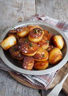 Fondant poteter Fondant Potatoes, Pretzel Bites, Baked Potato, Salsa, Food And Drink, Chips, Bread, Vegetables, Ethnic Recipes