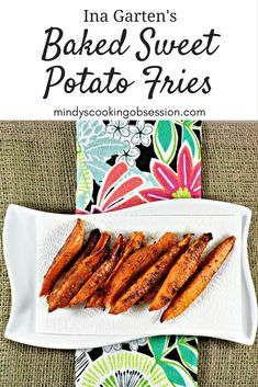 Ina Garten's Baked Sweet Potato Fries are super simple. Sweet potatoes, olive oil, brown sugar, salt, and pepper are all you need to make these yummy fries. Vegetable Sides, Vegetable Recipes, Gourmet Recipes, Cooking Recipes, Gourmet Foods, Recipe Creator, Potato Sides, Fast Food, Fried Potatoes