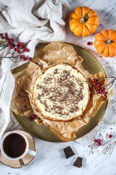 Sernik Ewy Chodakowskiej - przepis Marty Camembert Cheese, Food And Drink, Cupcakes, Baking, Sweet, Diet, Kuchen, Candy, Cupcake Cakes