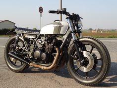 Kawasaki Brat Style #motos #bratstyle #motorcycles | caferacerpasion.com