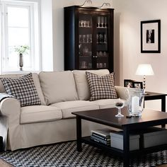 EKTORP three-seat sofa with Tygelsjö beige cover and HEMNES black-brown coffee and side tables - IKEA Ikea Living Room Tables, Living Room Seating, Living Room Sofa, Apartment Living, Living Room Decor, Living Rooms, Ikea Ektorp Sofa, Ikea Sofas, Ikea Couch