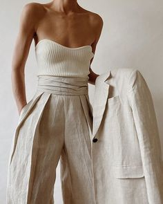 Looks Chic, Looks Style, Style Me, Mode Outfits, Fashion Outfits, Womens Fashion, Fashion Tips, Fashion Trends, Fashion Websites